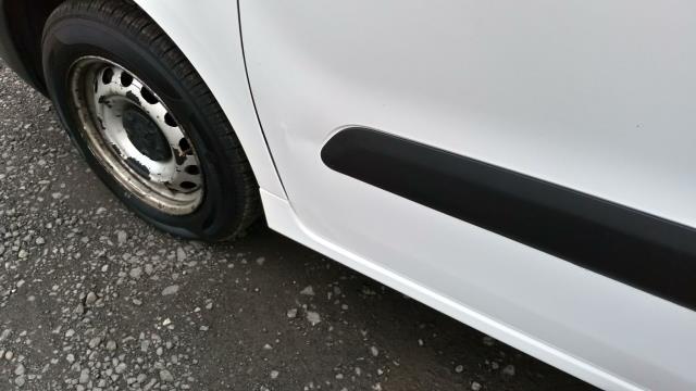 2016 Peugeot Partner 850 S 1.6 Hdi 92 Van [Sld] (NY16EMV) Image 5