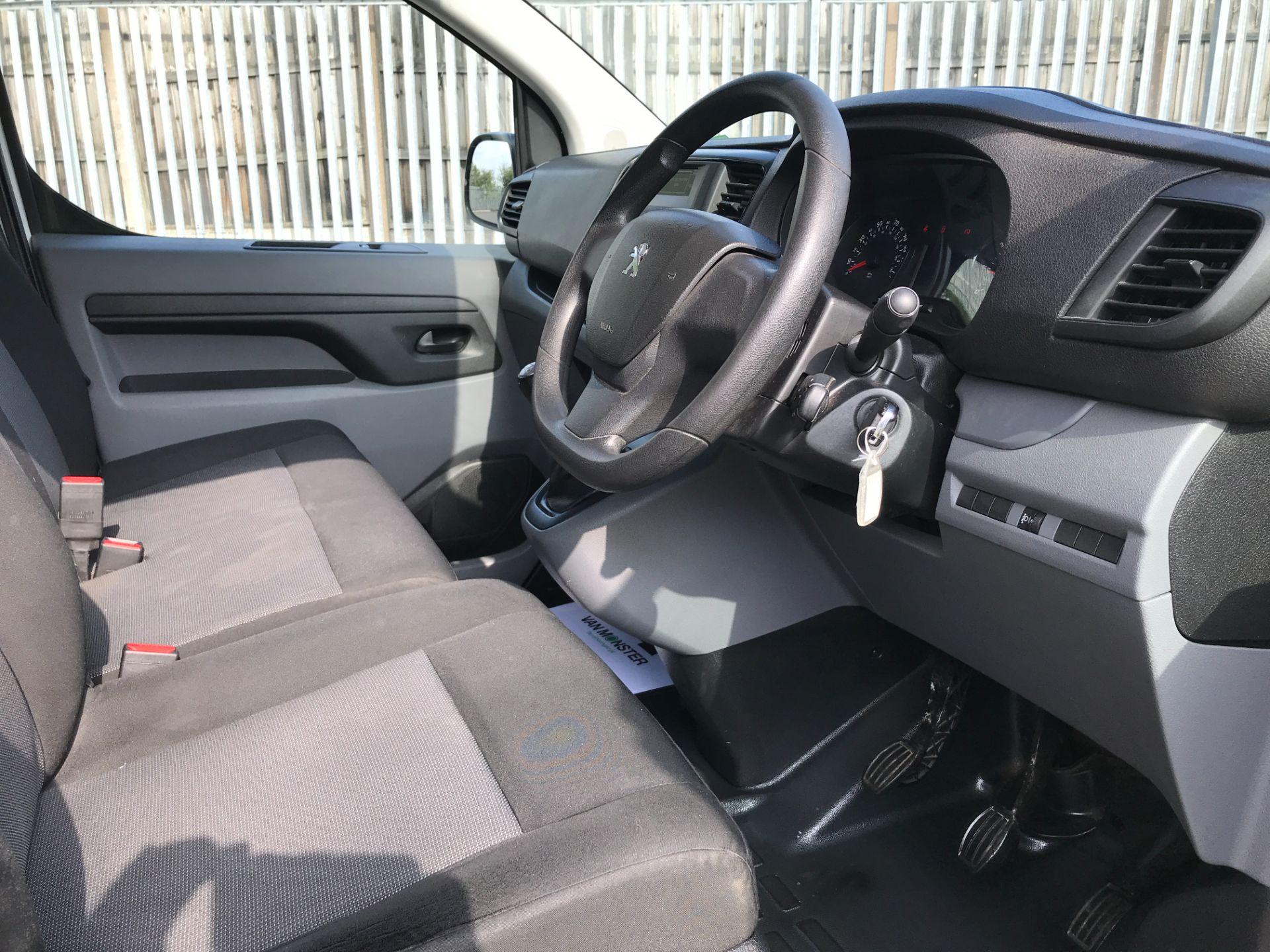 2017 Peugeot Expert 1000 1.6BLUEHDI S 95PS EURO 6 (NY17CXM) Image 2