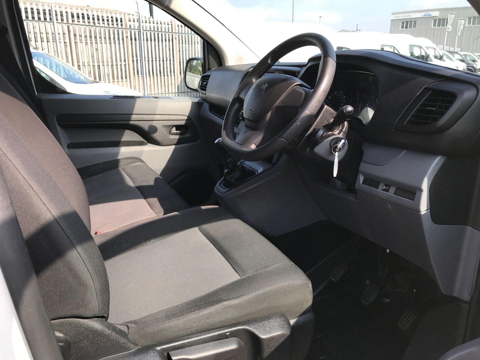 2017 Peugeot Expert 1000 1.6BLUEHDI S 95PS EURO 6 (NY17EJX) Image 2