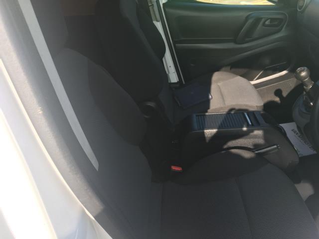 2017 Peugeot Partner 715 S 1.6 Bluehdi 100 Crew Van (NY17ERZ) Image 19
