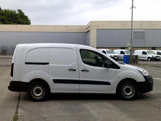 2017 Peugeot Partner L2 715 S 1.6 Bluehdi 100 Crew Van (NY17ESV) Image 8