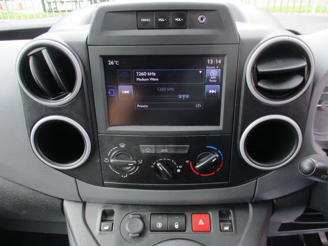 2018 Peugeot Partner BLUEHDI 100PS PROFESSIONAL VAN (NON S/S) EURO 6 (NY18AAV) Image 14
