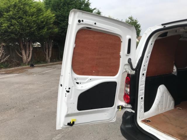 2018 Peugeot Partner 850 1.6 Bluehdi 100 Professional Van [Non Ss] Euro 6 (NY18BJK) Image 37