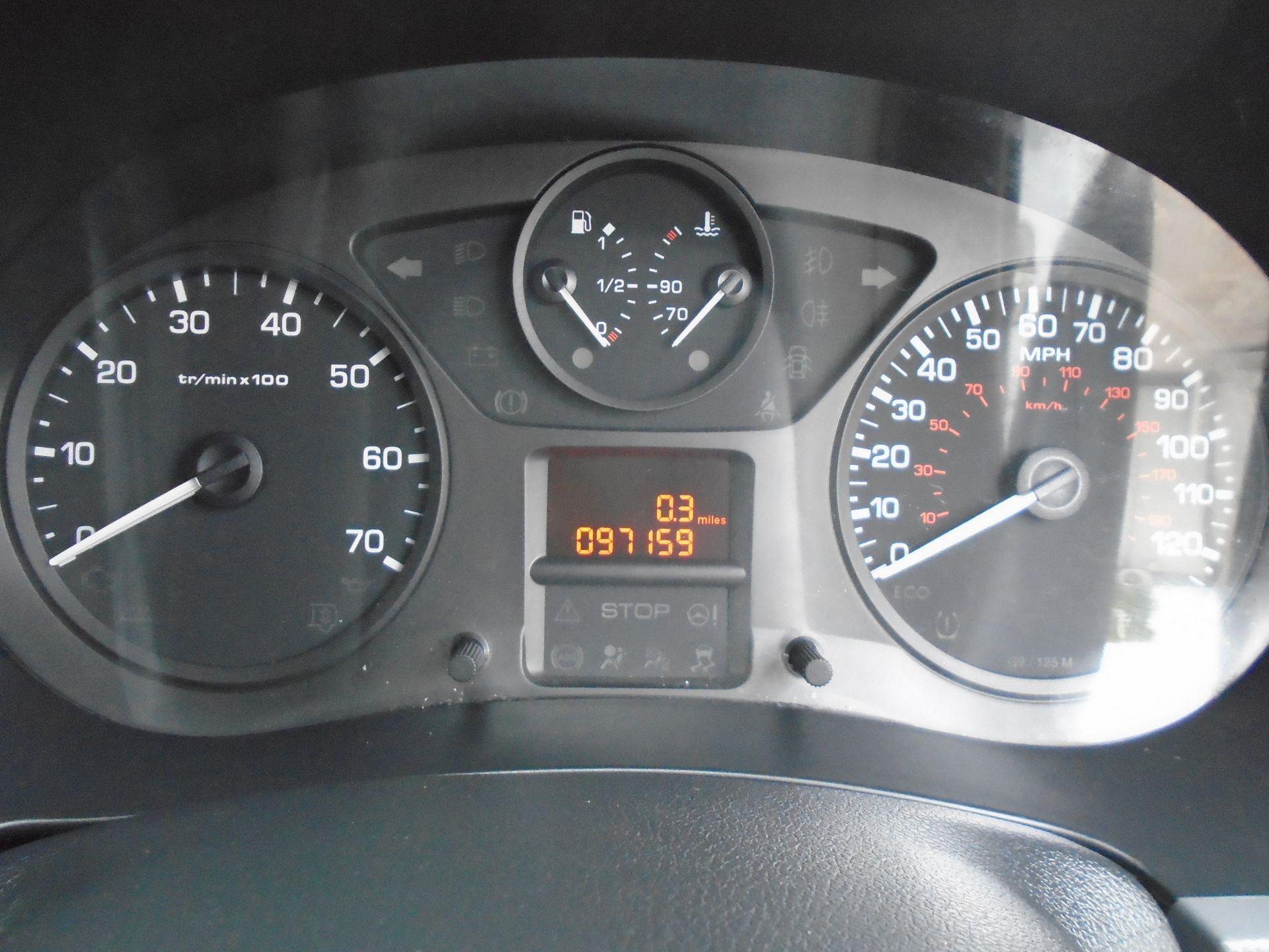 2015 Peugeot Partner L1 850 S 1.6 92PS (SLD) EURO 5 (NY64BCV) Image 17
