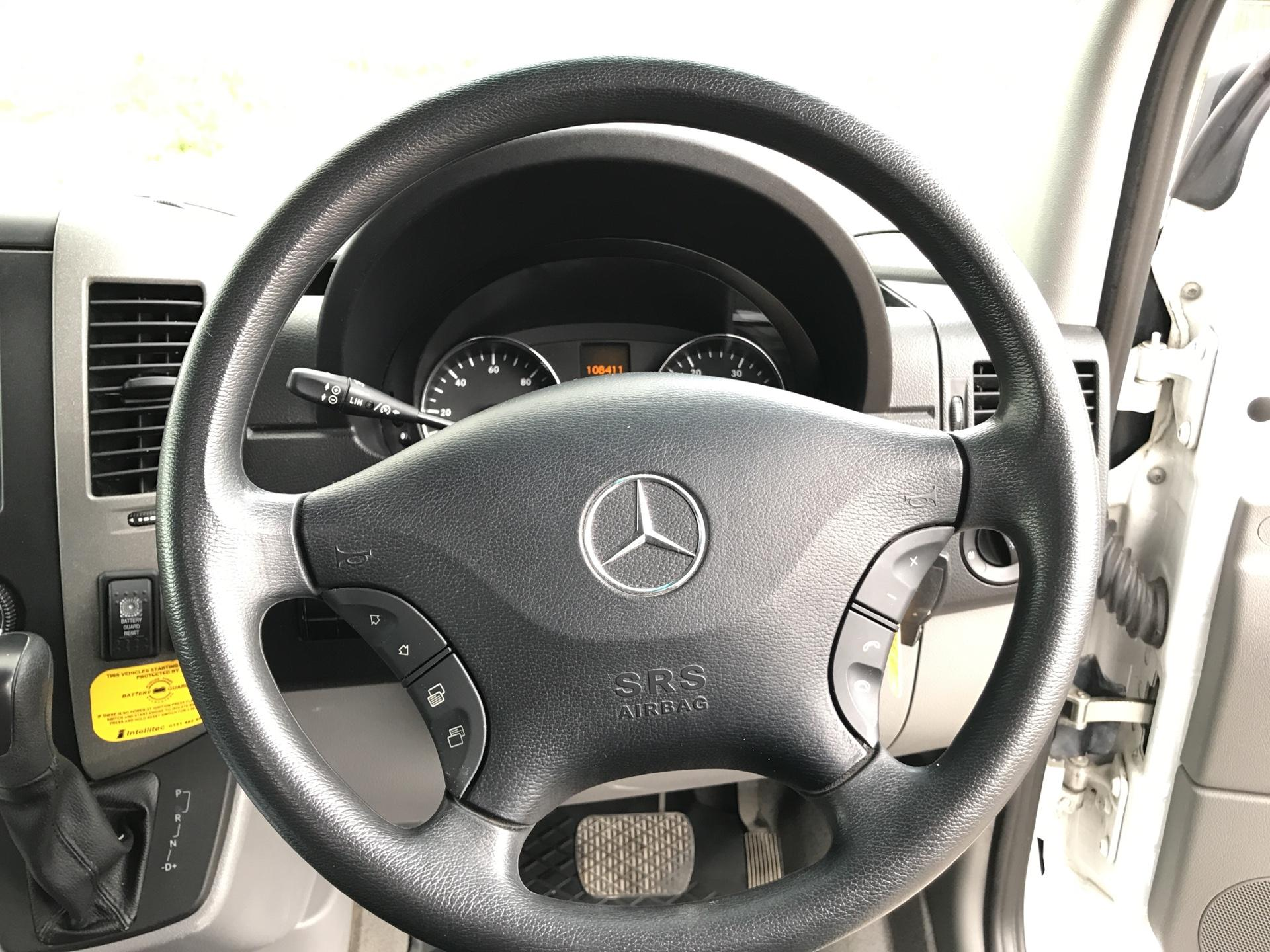 2012 Mercedes-Benz Sprinter 313 MWB AUTOMATIC 13 SEAT INC DRIVER MINIBUS EURO 5 (OU12DUJ) Image 11
