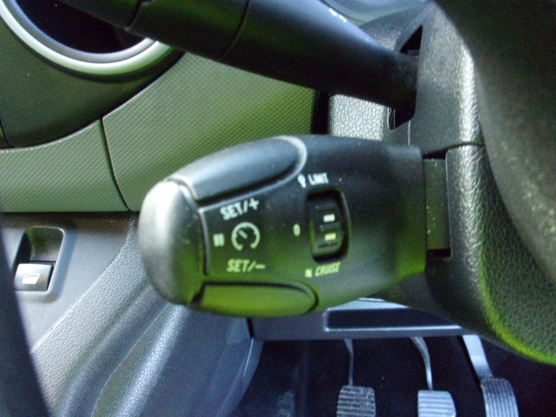 2017 Peugeot Partner L1 850 1.6 BLUEHDI 100PS PROFESSIONAL (NON S/S) EURO 6 (OU67MUC) Image 7