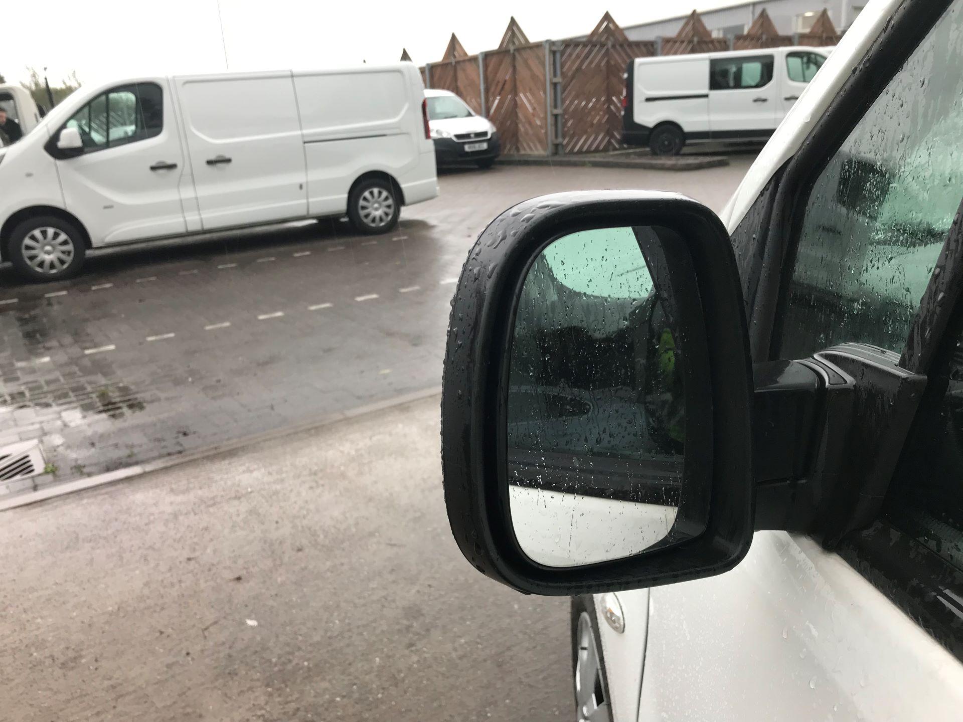 2016 Peugeot Partner 850 1.6 Hdi 92 Professional Van (OW65CYX) Image 11