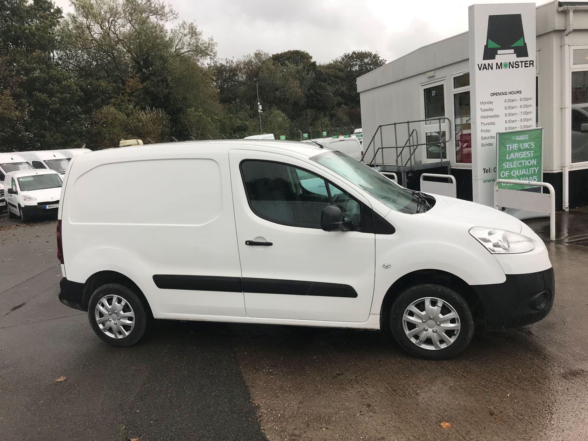 2016 Peugeot Partner 850 1.6 Hdi 92 Professional Van (OW65CYX) Image 8