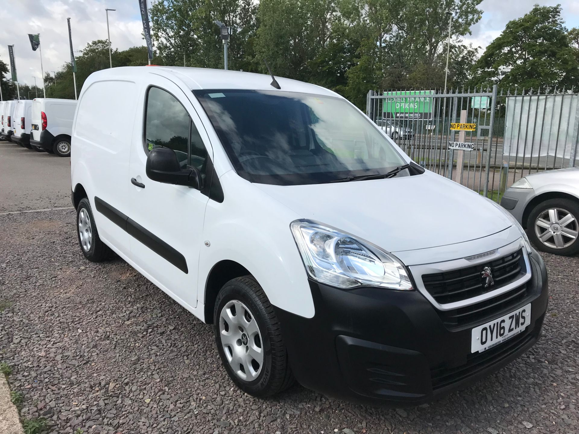 2016 Peugeot Partner L1 850 S 1.6 92PS (SLD) PROFESSIONAL 3 SEATS EURO 5  (OY16ZWS)
