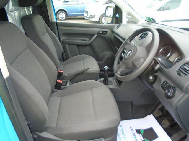 2015 Volkswagen Caddy Maxi  1.6 102PS STARTLINE EURO 5 (PJ15DJY) Image 18