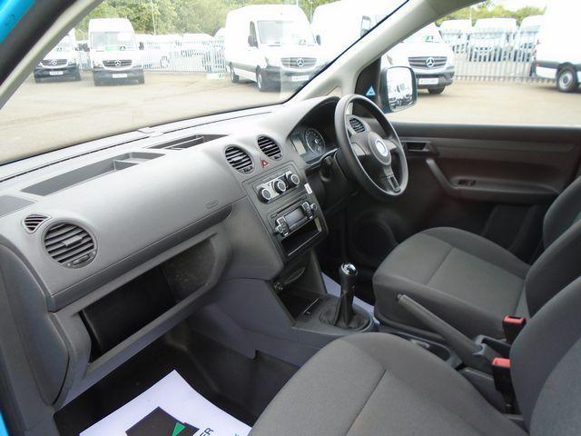 2015 Volkswagen Caddy Maxi  1.6 102PS STARTLINE EURO 5 (PJ15DJY) Image 16