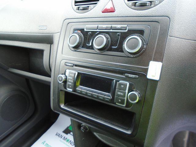 2015 Volkswagen Caddy Maxi  1.6 102PS STARTLINE EURO 5 (PJ15DJY) Image 21