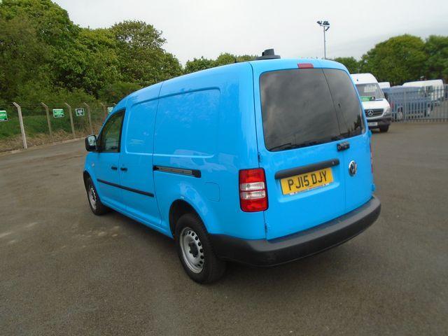 2015 Volkswagen Caddy Maxi  1.6 102PS STARTLINE EURO 5 (PJ15DJY) Image 5