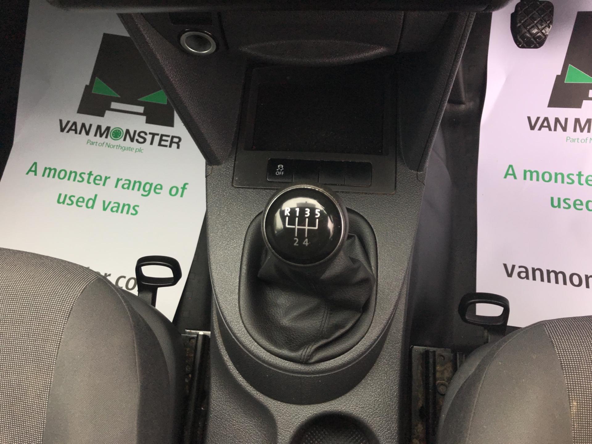 2015 Volkswagen Caddy Maxi 1.6 Tdi 102Ps Startline Van Euro 5 (PJ15EFG) Image 18