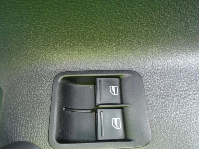 2014 Volkswagen Caddy  1.6 102PS STARTLINE EURO 5 (PJ64AZL) Image 26