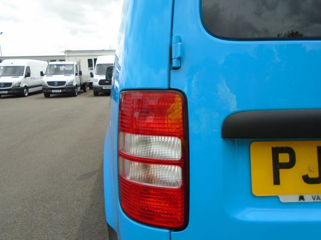 2014 Volkswagen Caddy  1.6 102PS STARTLINE EURO 5 (PJ64AZL) Image 14