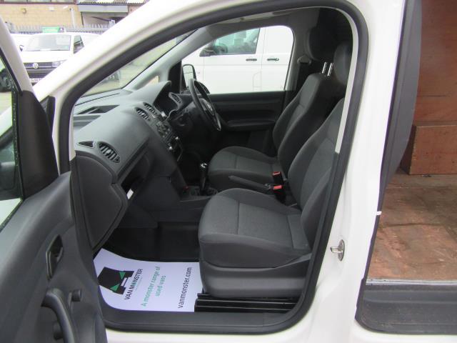 2014 Volkswagen Caddy  1.6 75PS STARTLINE EURO 5 (PJ64HWD) Image 15