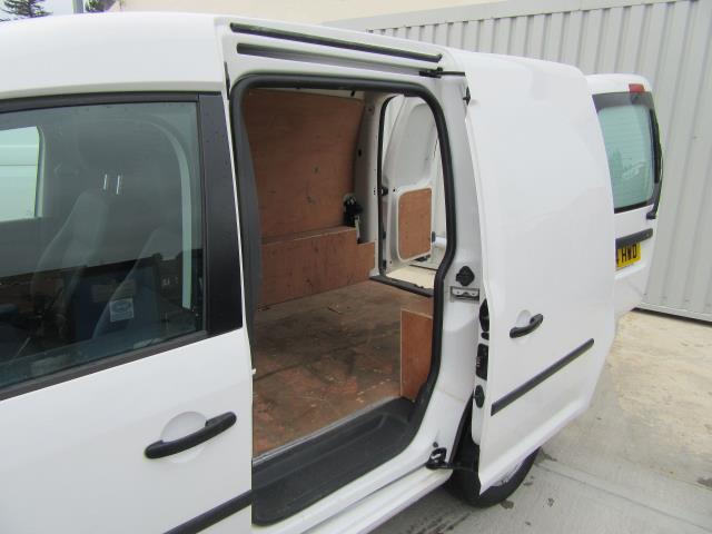 2014 Volkswagen Caddy  1.6 75PS STARTLINE EURO 5 (PJ64HWD) Image 12