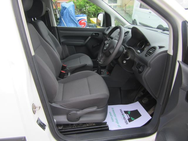 2014 Volkswagen Caddy  1.6 75PS STARTLINE EURO 5 (PJ64HWD) Image 4