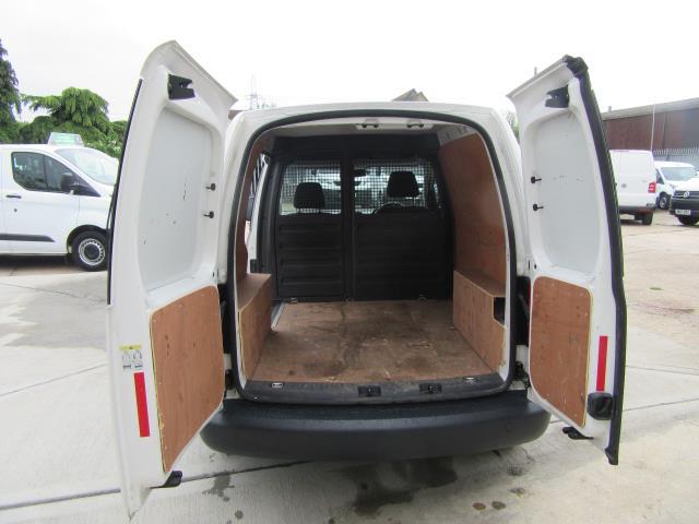 2014 Volkswagen Caddy  1.6 75PS STARTLINE EURO 5 (PJ64HWD) Image 10