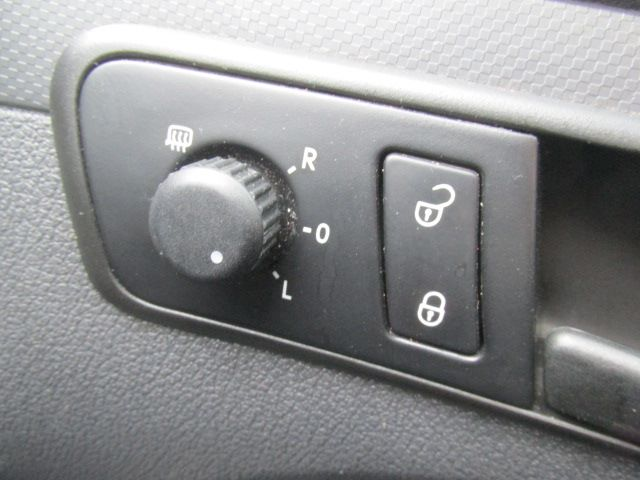 2014 Volkswagen Caddy Maxi 1.6 TDI 102Ps STARTLINE VAN EURO 5 (PJ64HWW) Image 6