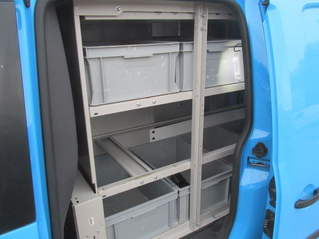 2014 Volkswagen Caddy Maxi 1.6 TDI 102Ps STARTLINE VAN EURO 5 (PJ64HWW) Image 17