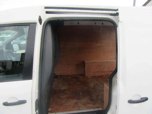 2014 Volkswagen Caddy  1.6 75PS STARTLINE EURO 5 (PJ64KWV) Image 8