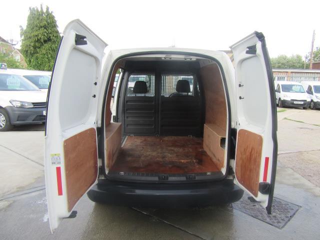 2014 Volkswagen Caddy  1.6 75PS STARTLINE EURO 5 (PJ64KWV) Image 5