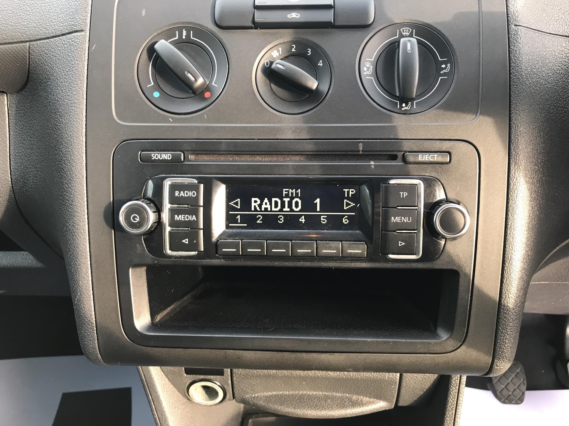 2014 Volkswagen Caddy  1.6 75PS STARTLINE EURO 5 (PK14ZWB) Image 10