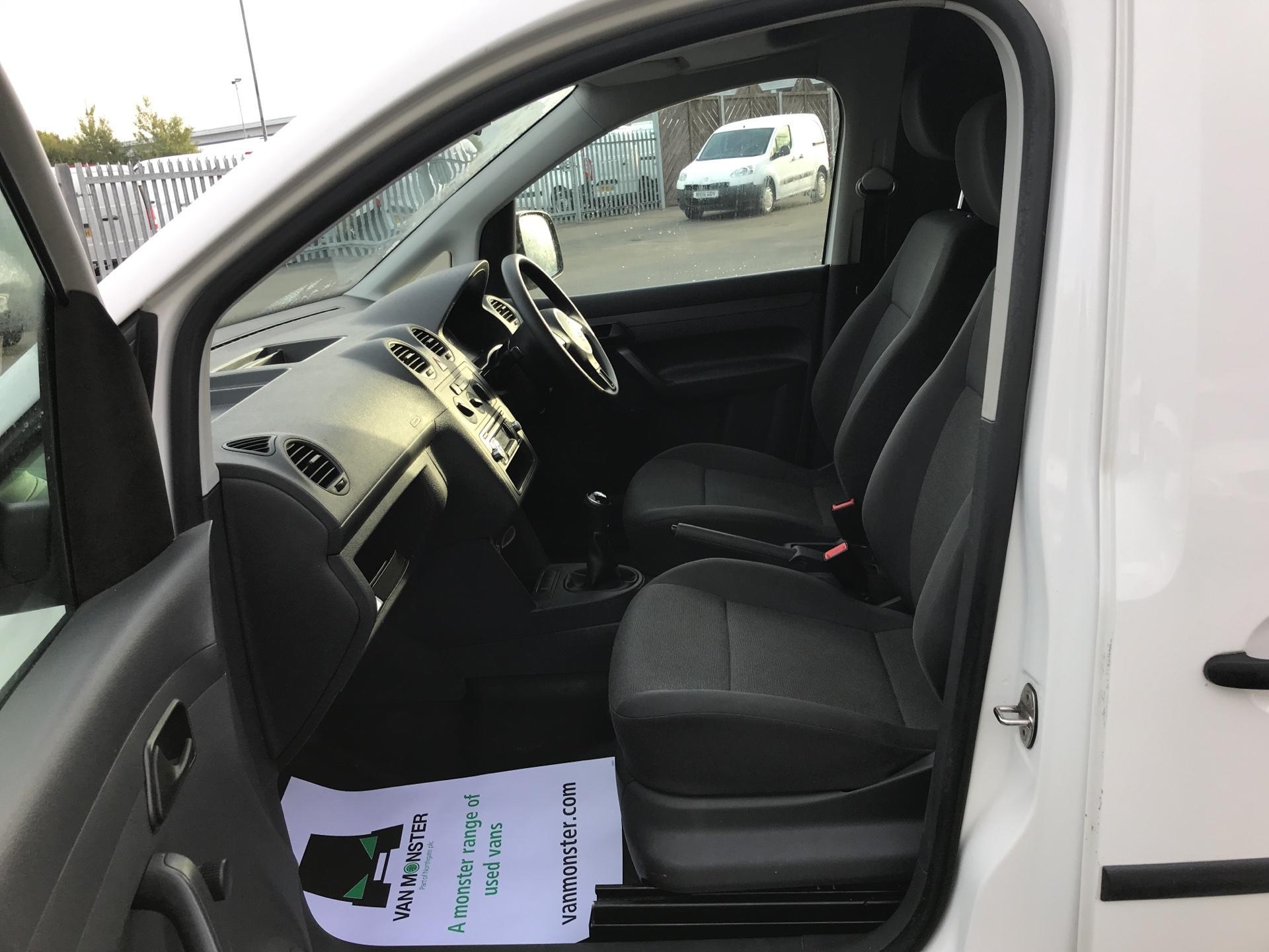 2014 Volkswagen Caddy  1.6 75PS STARTLINE EURO 5 (PK14ZWB) Image 14