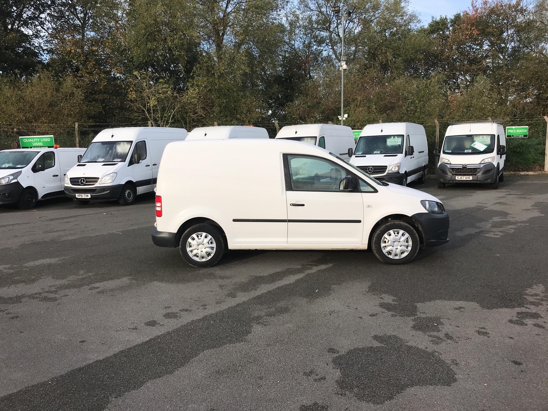 2014 Volkswagen Caddy  1.6 75PS STARTLINE EURO 5 (PK14ZWB) Image 2