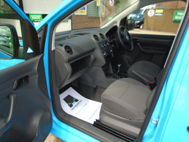 2015 Volkswagen Caddy Maxi  1.6 102PS STARTLINE EURO 5 (PK15GDJ) Image 14