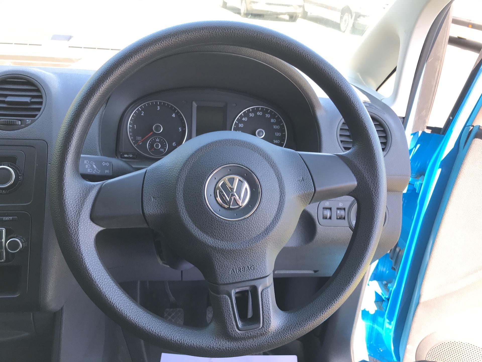 2015 Volkswagen Caddy Maxi  1.6 102PS STARTLINE EURO 5 (PK15VNO) Image 12