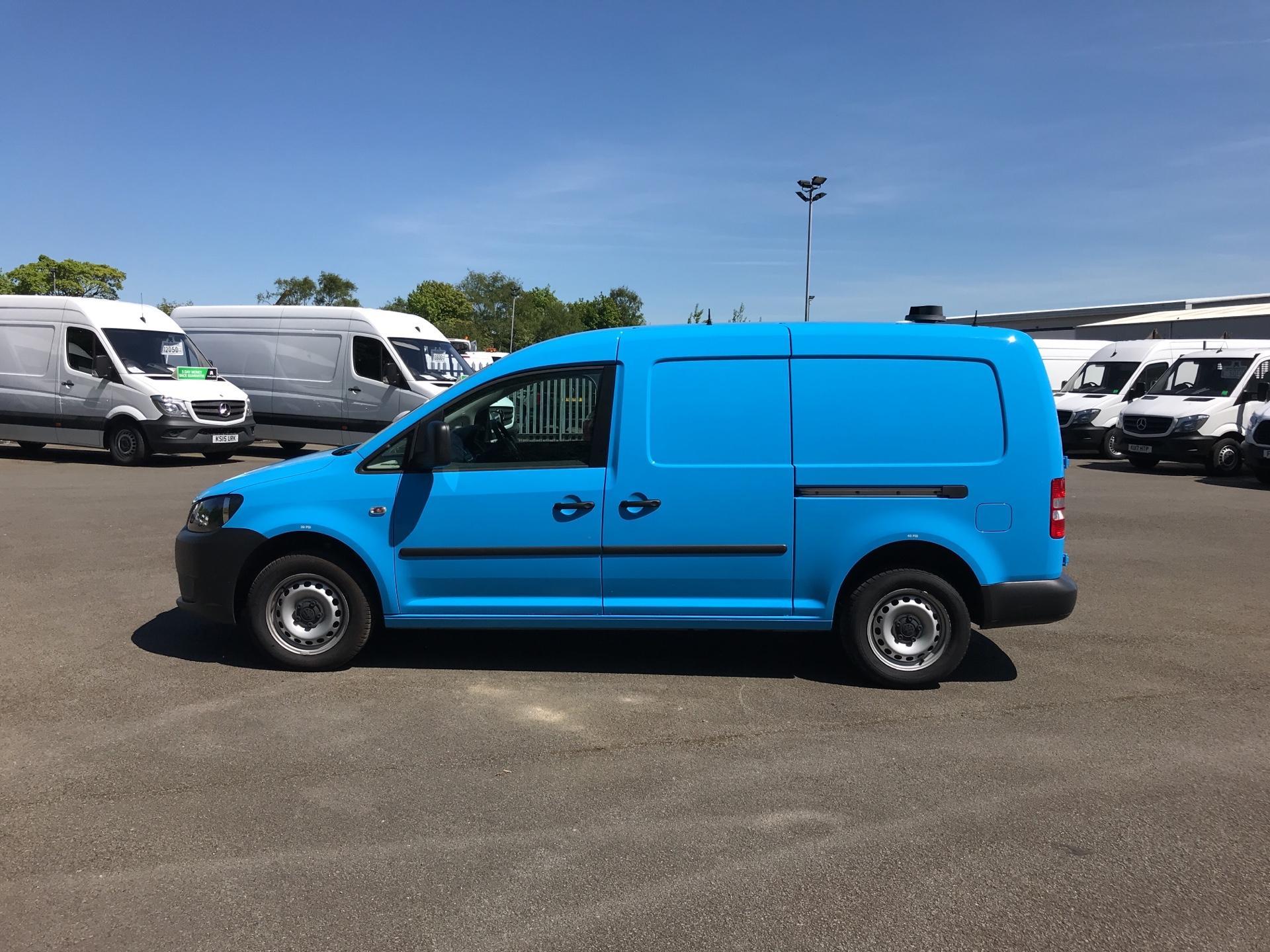 2015 Volkswagen Caddy Maxi  1.6 102PS STARTLINE EURO 5 (PK15VNO) Image 6