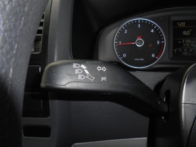 2014 Volkswagen Transporter T28 SWB DIESEL 2.0 TDI 102PS STARTLINE EURO 5 (PK64ORA) Image 10