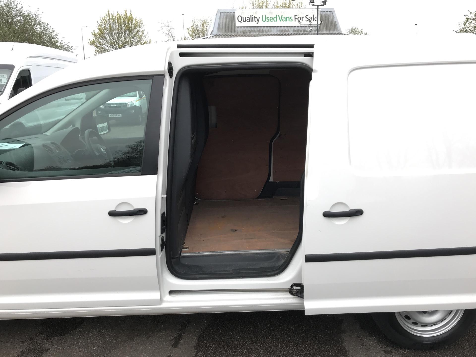 2014 Volkswagen Caddy Maxi 1.6 102PS STARTLINE EURO 5 (PK64WWL) Image 19