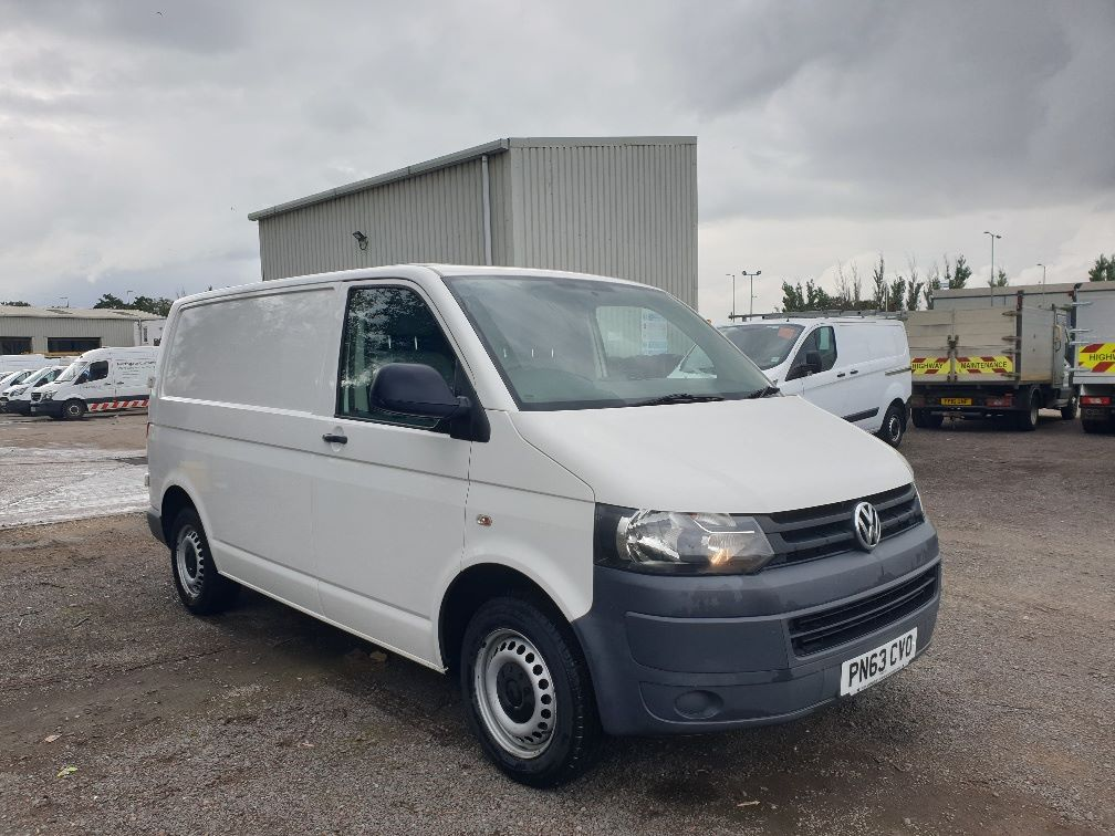 2013 Volkswagen Transporter T28 SWB DIESEL 2.0 TDI 102PS EURO 5 *RESTRICTED TO 70MPH* (PN63CVO)