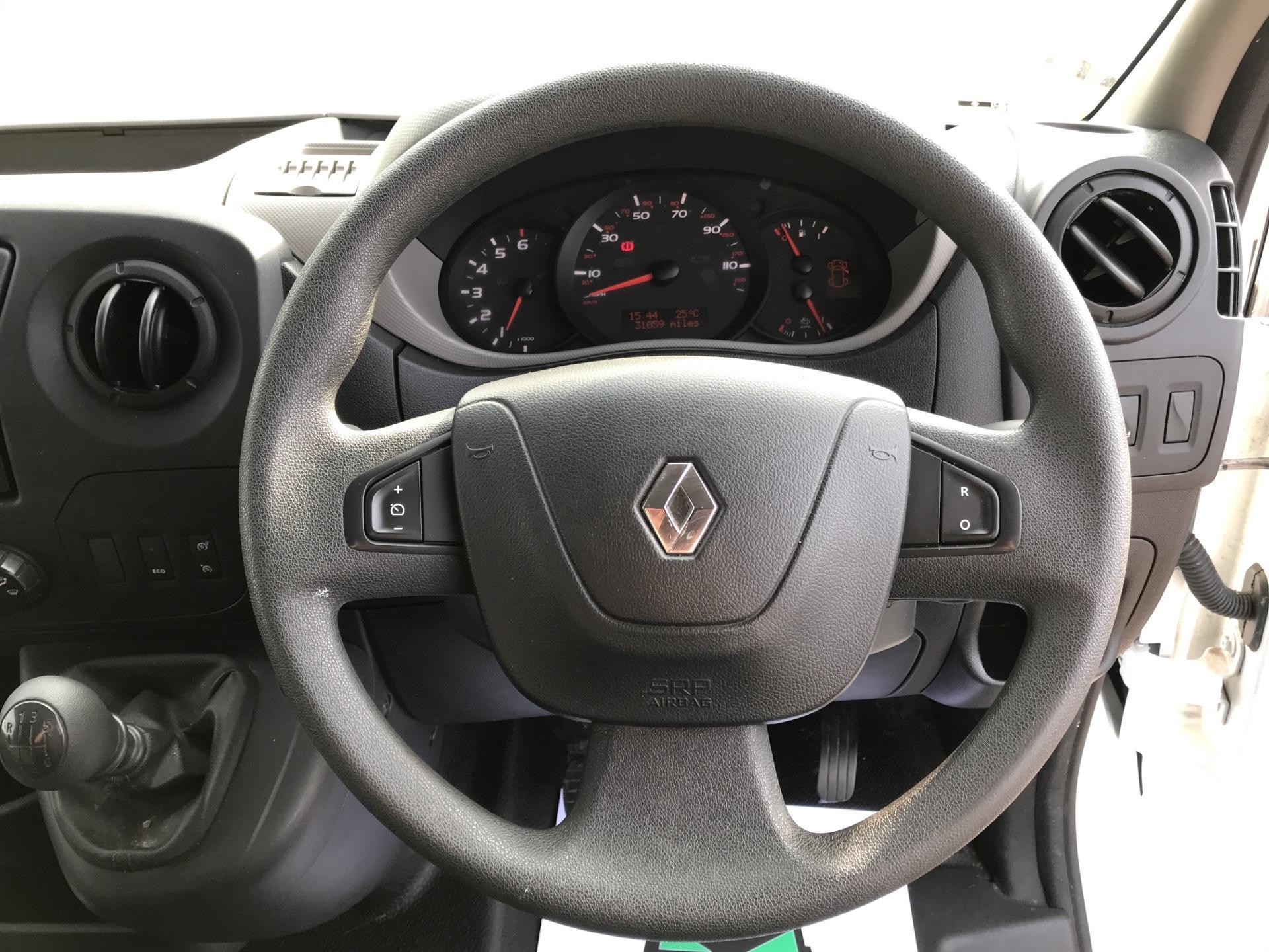 2017 Renault Master   L1 130PS Business L/R Box Van Euro 6 (PO67DSZ) Image 12