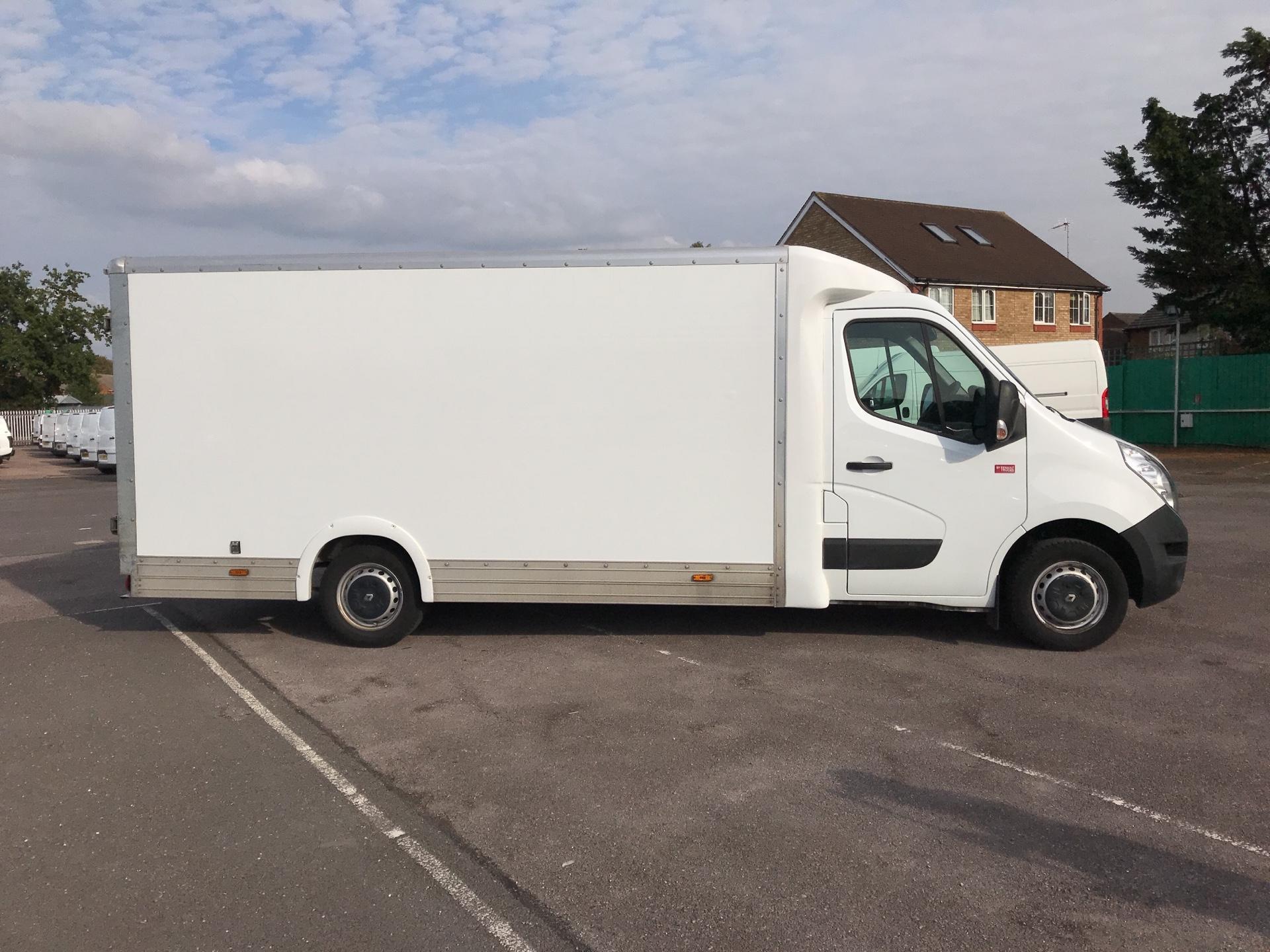 2017 Renault Master   L1 130PS Business L/R Box Van Euro 6 (PO67DSZ) Image 2