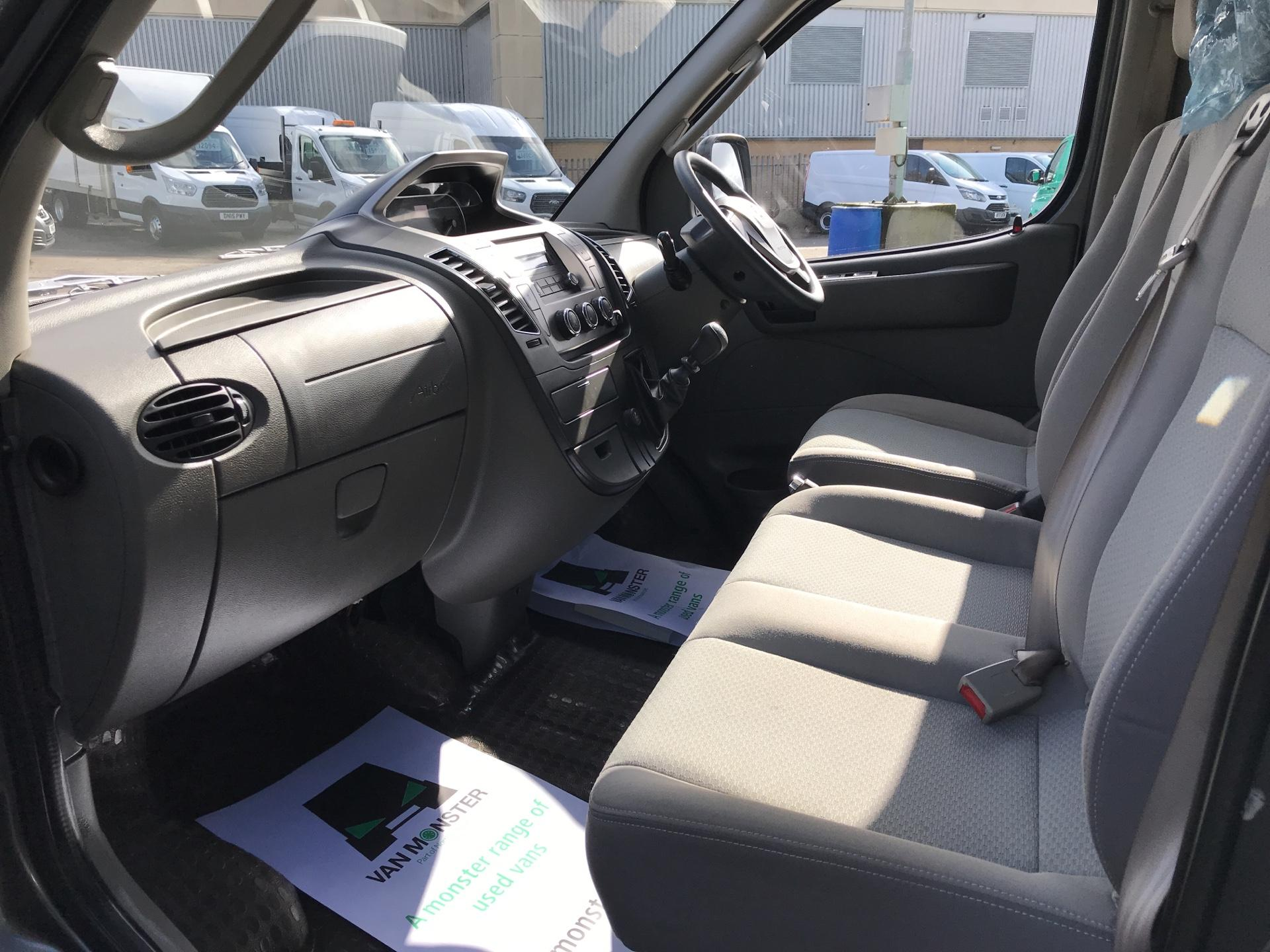 2018 Ldv V80 LWB 2.5 HIGH ROOF EURO 5 (PX18CUW) Image 14