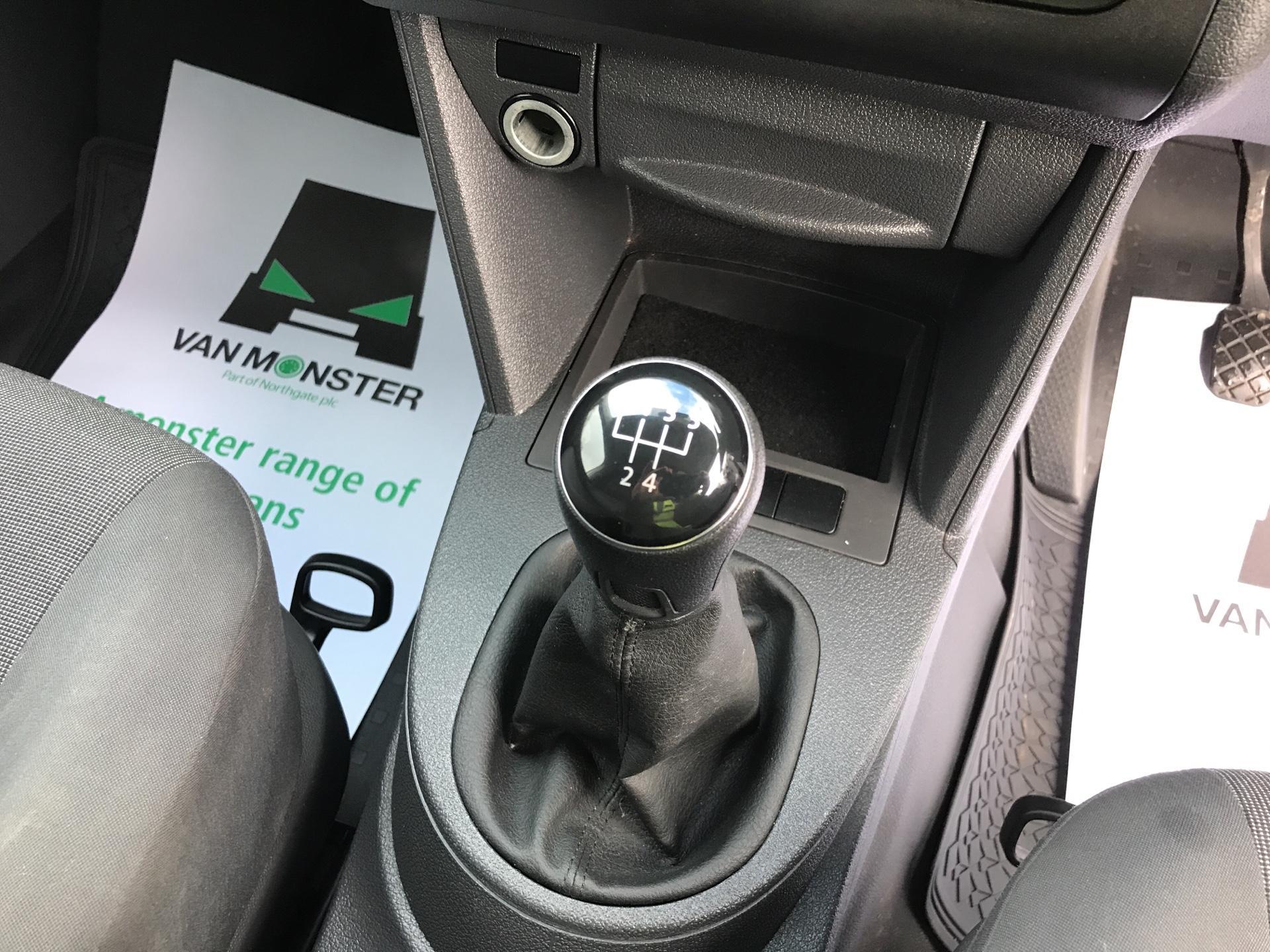 2014 Volkswagen Caddy  1.6 75PS STARTLINE EURO 5 (RF14DSU) Image 11