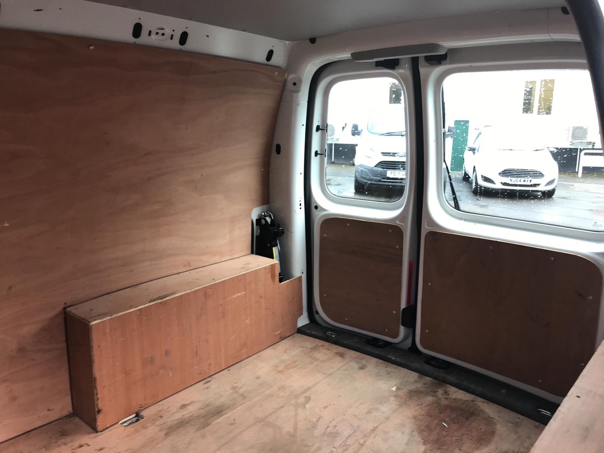 2014 Volkswagen Caddy  1.6 75PS STARTLINE EURO 5 (RF14DSU) Image 16