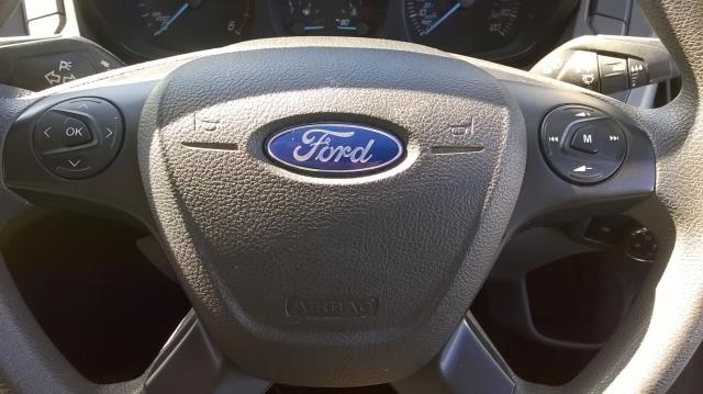 2016 Ford Transit Custom 270 L1 DIESEL FWD 2.0 TDCI 105PD LOW ROOF EURO 6 (RK66VMO) Image 19