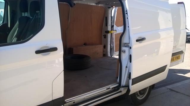 2016 Ford Transit Custom 270 L1 DIESEL FWD 2.0 TDCI 105PD LOW ROOF EURO 6 (RK66VMO) Image 5