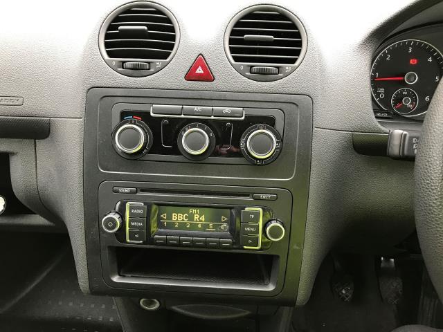 2014 Volkswagen Caddy Maxi 1.6TDI 102PS STARTLINE VAN EURO 5 AIR CON (RO14OVX) Image 3