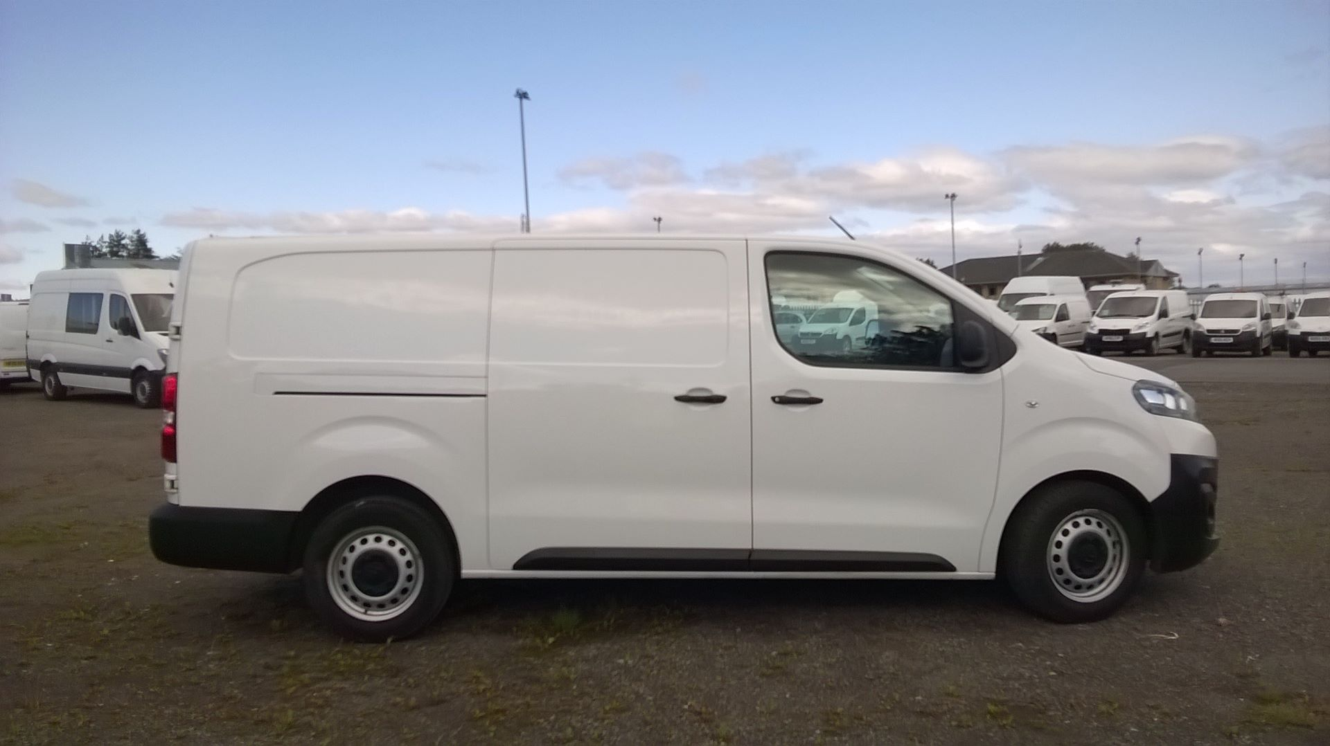 2017 Citroen Dispatch 1400 2.0 Bluehdi 120 Van Enterprise (SA17KLO)