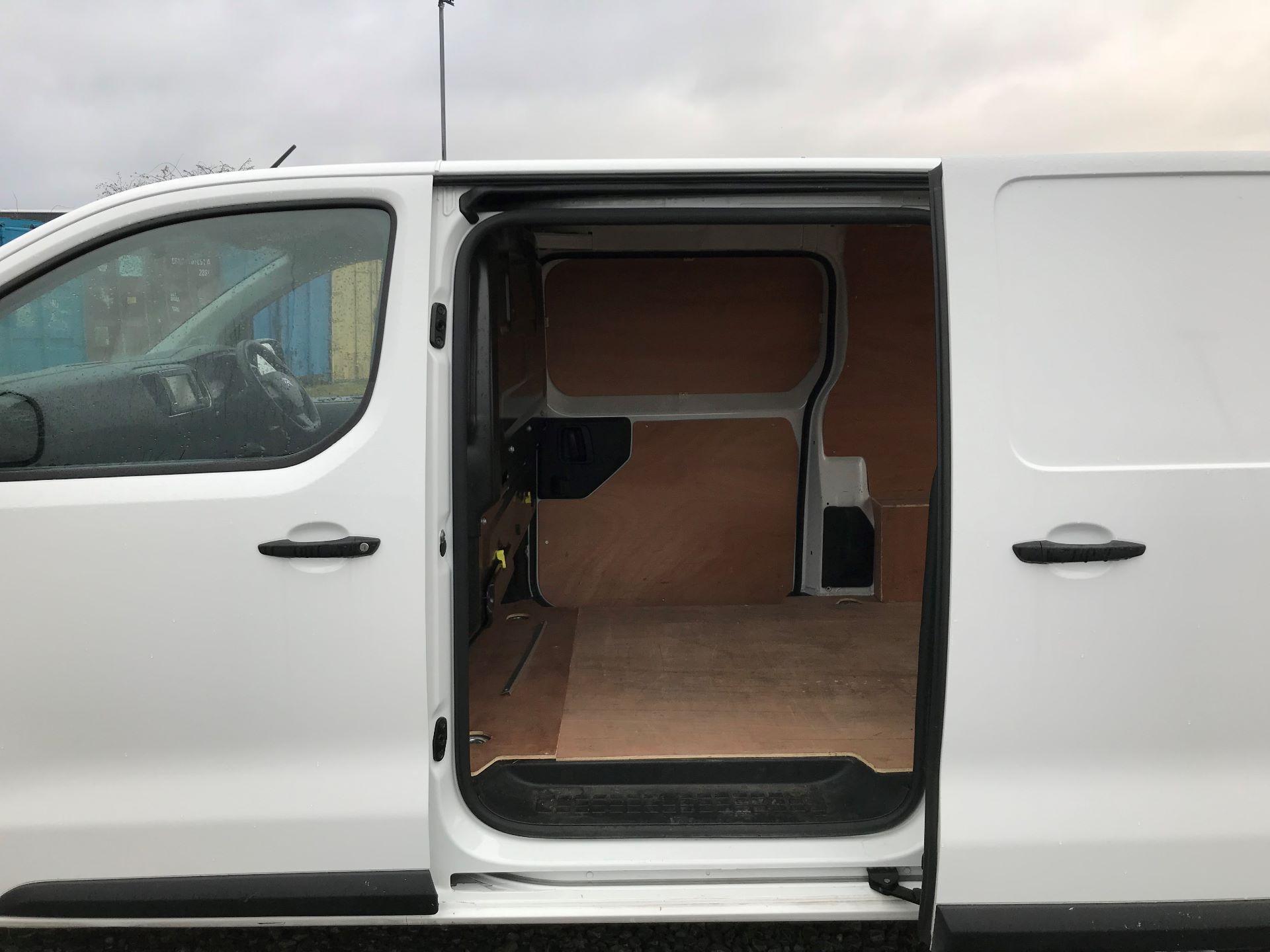 2017 Citroen Dispatch 1400 2.0 Bluehdi 120 Van Enterprise (SA17OLW) Image 17