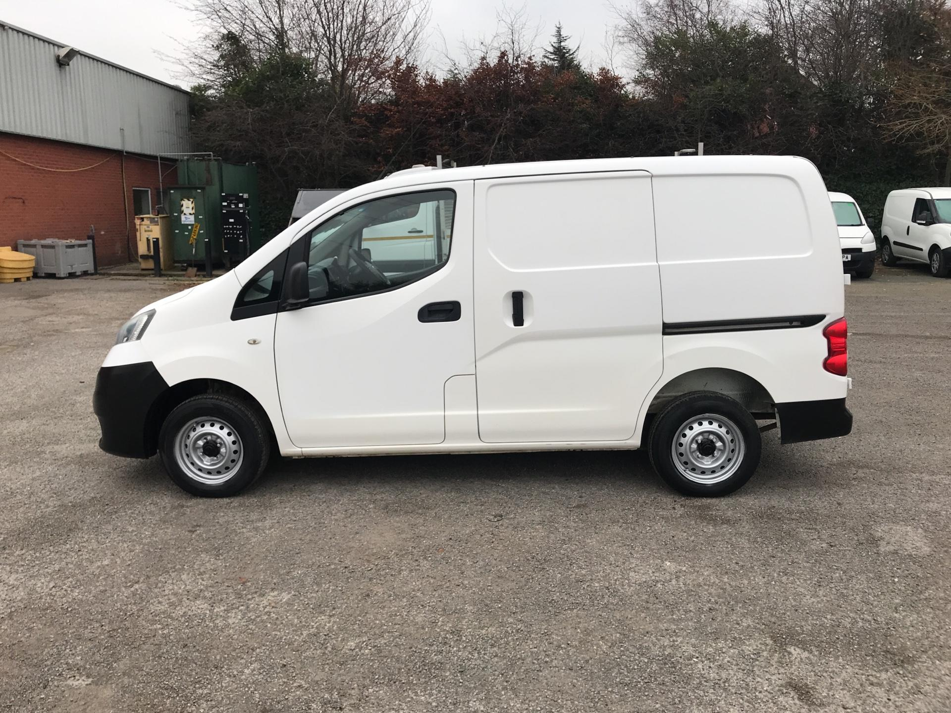 2012 Nissan Nv200 1.5 Dci 89 Se Van EURO 5 -*VALUE RANGE VEHICLE - CONDITION REFLECTED IN PRICE* (SA62MVR) Image 6