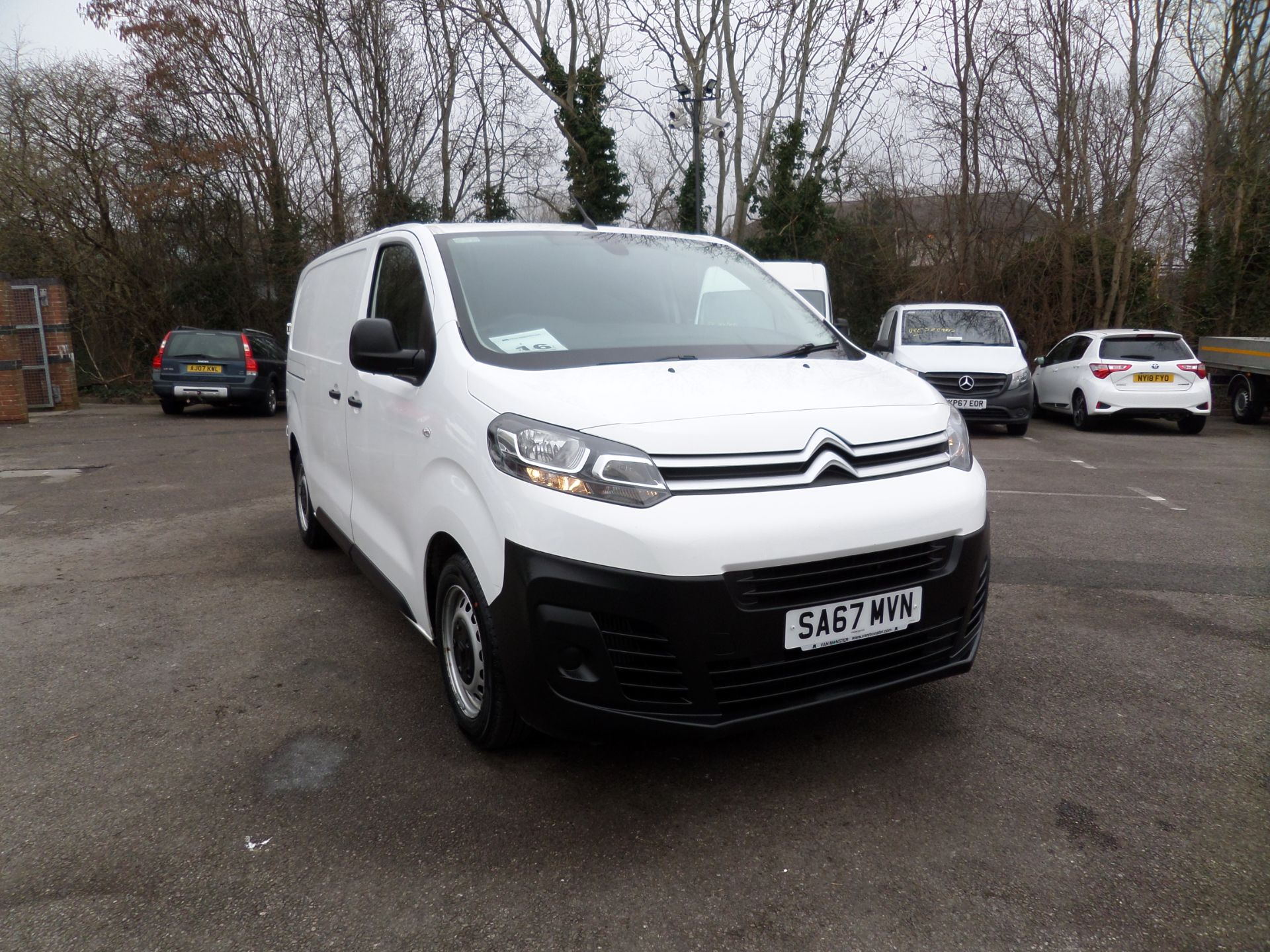 2017 Citroen Dispatch 1000 1.6 Bluehdi 115 Van Enterprise Euro 6 (SA67MVN)