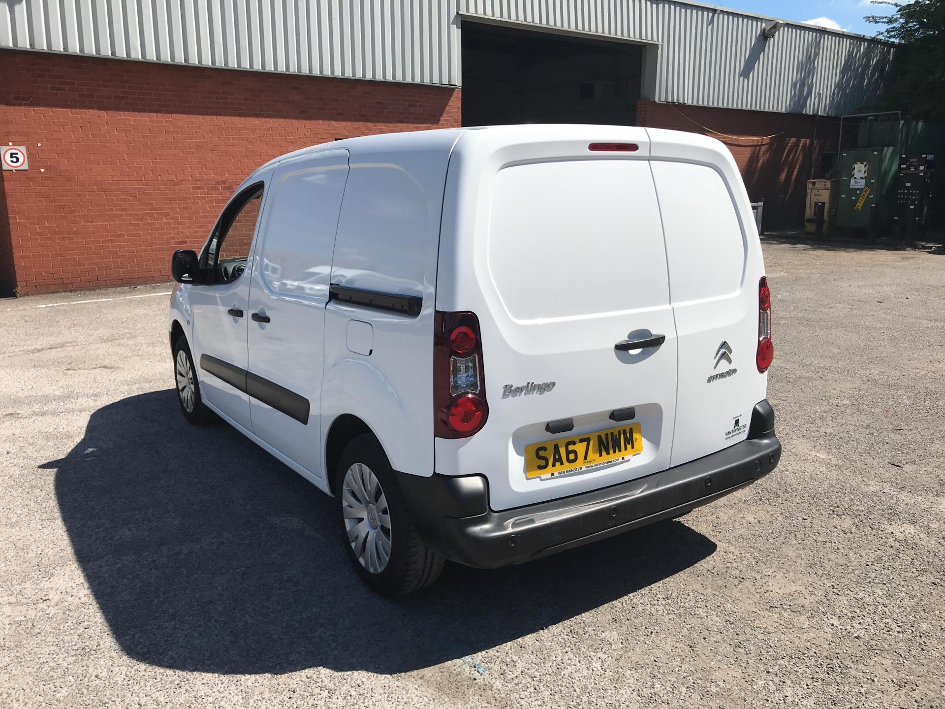 2017 Citroen Berlingo L1 DIESEL 1.6 BLUE HDI 625KG ENTERPRISE 75PS EURO 6 (SA67NWM) Image 5